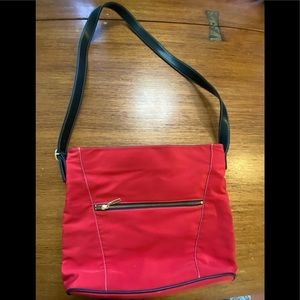Maxx red canvas purse like new